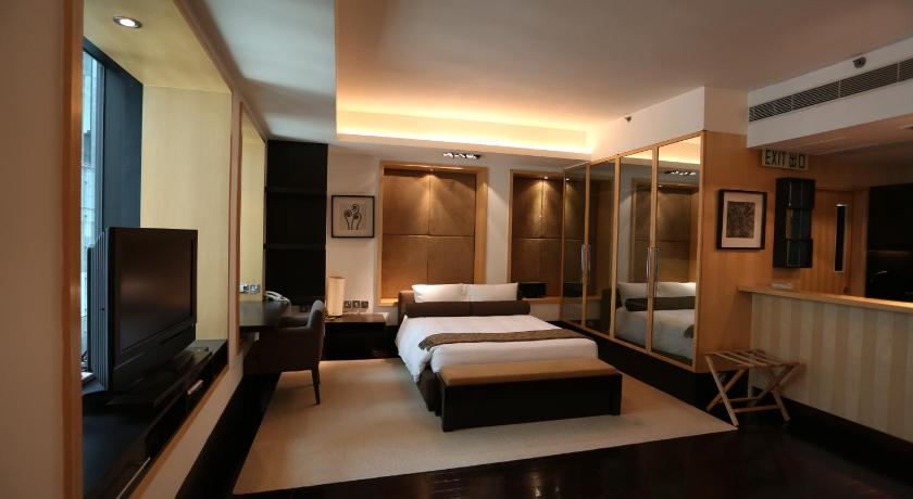 Executive Suite The Plaza LKF