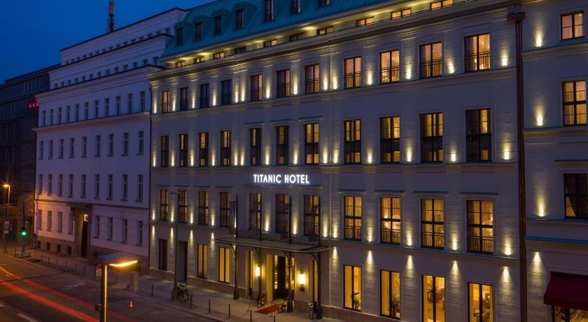 Titanic Hotels In Berlin