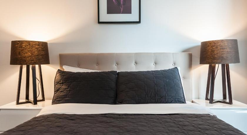 LifeSuites King West Loft   Online buchen   Bed & Breakfast Europe