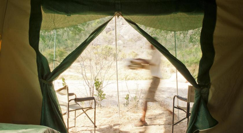 Authentic Ruaha Kilimatonge Camp