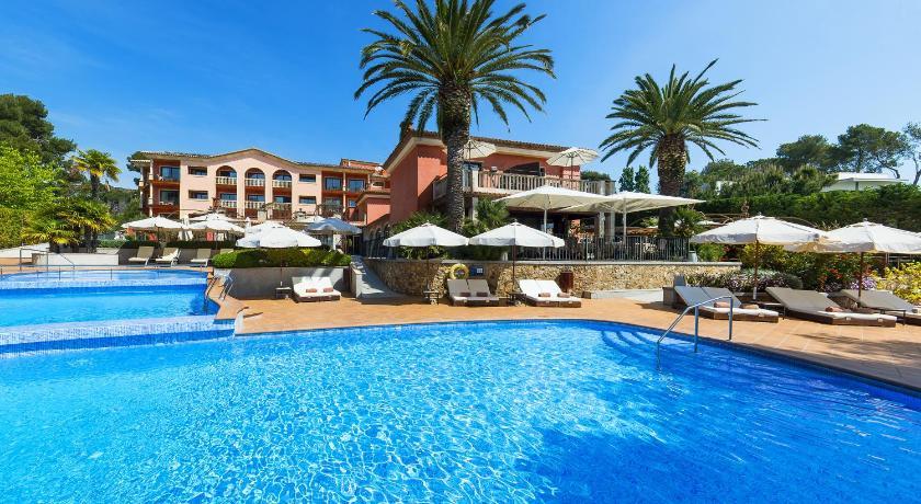 hoteles con encanto en platja  d'aro  37
