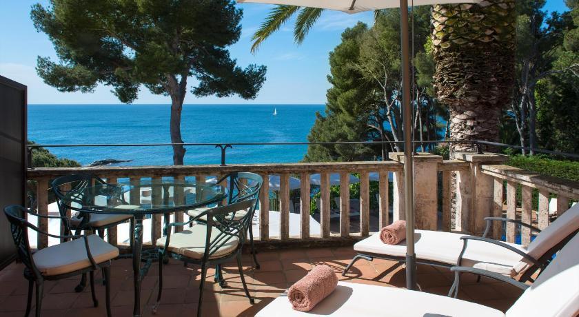 hoteles con encanto en platja  d'aro  12