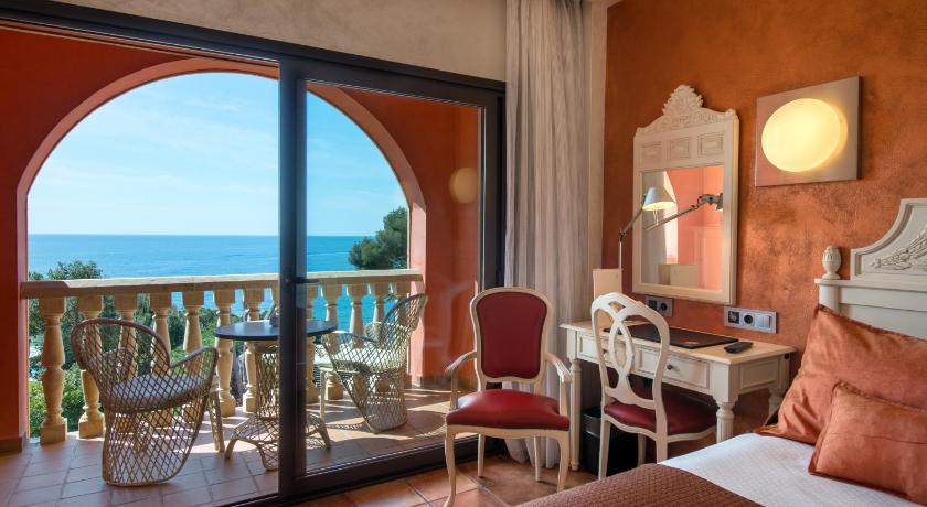 hoteles con encanto en platja  d'aro  8
