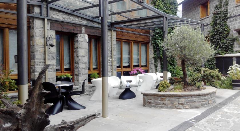 hoteles con encanto en huesca  106
