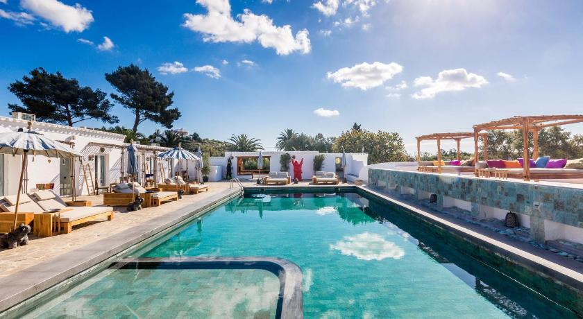 boutique hotels in santa eularia des riu  11