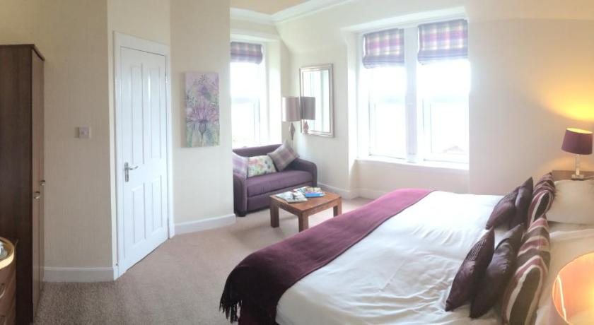 Double or Twin Room with Sea View - Guestroom Norland B & B