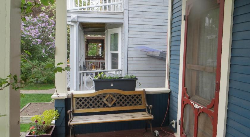 Balcony/terrace River Wynde Executive Bed & Breakfast