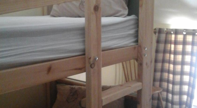 Quadruple Room - Bed Blindwell Bunkhouse