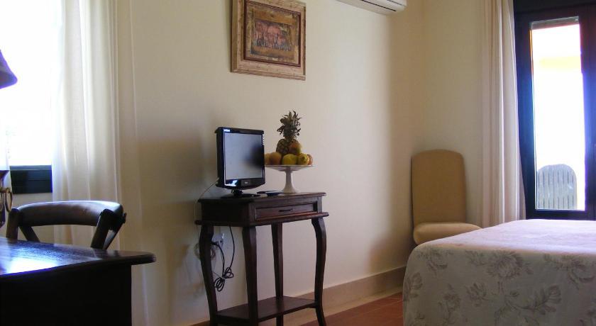 hoteles con encanto en cádiz  323