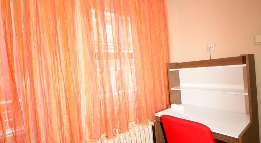 Single Room with Shared Shower and Toilet in Male Dormitory Yurt Akademi Ankara