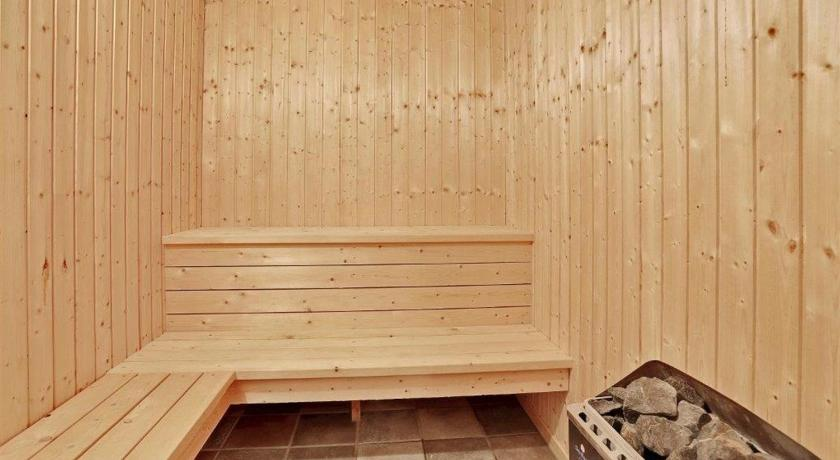 Three-Bedroom Holiday Home Ingeborgvej with a Sauna 03
