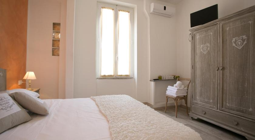 Colosseo Apartments - Rome City Centre Different Locations in Rome City Centre) Rome