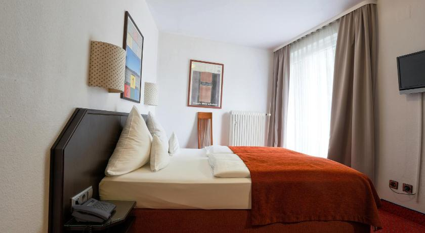 Single Room - Guestroom Hotel Nymphenburg München