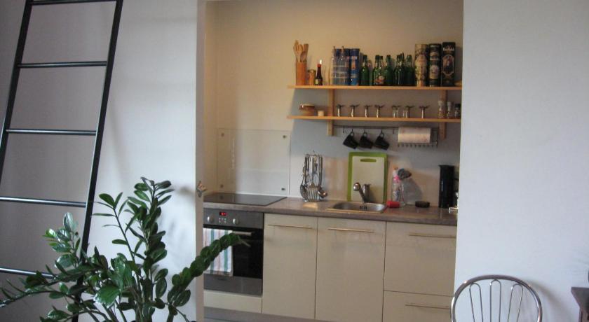 Home Design Zakopianska Part - 49: ... Apartment Zakopia?ska Zakopia?ska 2b Krakow ...