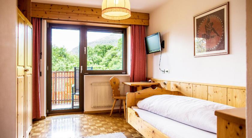 Single Room with Mountain View - Guestroom Garni Glurnserhof