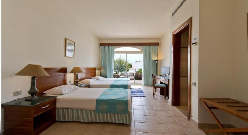 Double or Twin Room with Garden View - Guestroom Shores Hotel Aloha (Ex. Otium Aloha)
