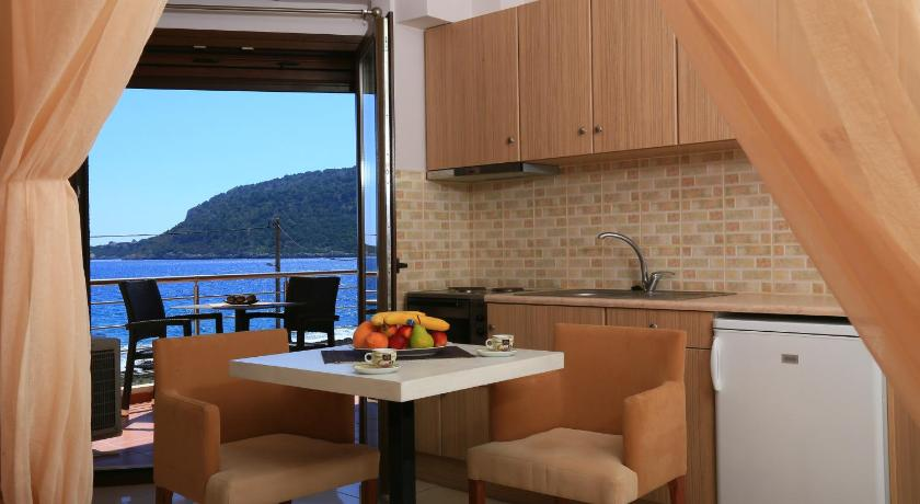 balkon/terasa Faros Luxury Suites