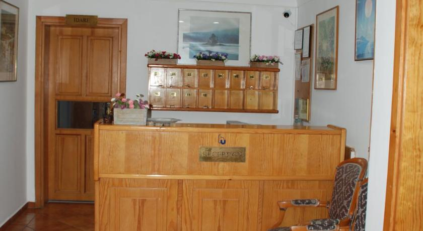 Urcu Hotel Barbaros Mah. Hamil Efendi Sk. No:6 Antalya