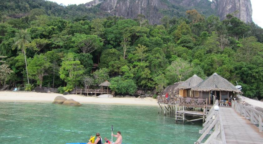 Best Price on Bagus Place Retreat in Tioman Island + Reviews