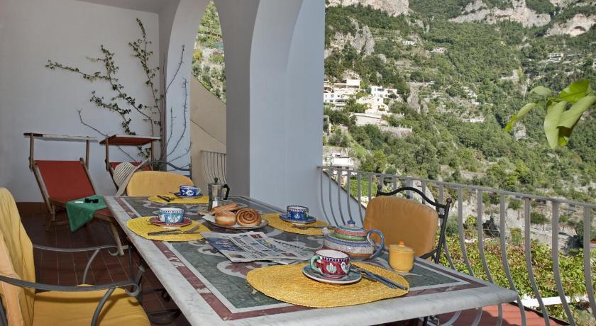 Best Price on Casa Le Terrazze in Positano + Reviews