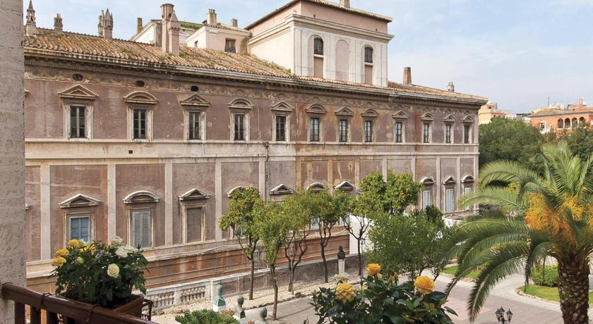 Terrazza Marco Antonio Luxury Suite in Rome - Room Deals, Photos ...