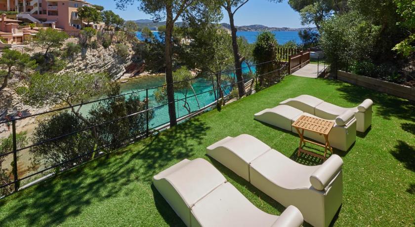 Hotel Petit Cala Fornells-11540753