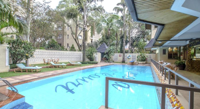 Piscina Mimosa Court Apartments