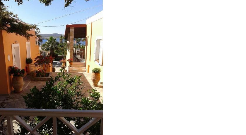 Deluxe Double or Twin Room - Balcony/terrace Hotel kokkina beach