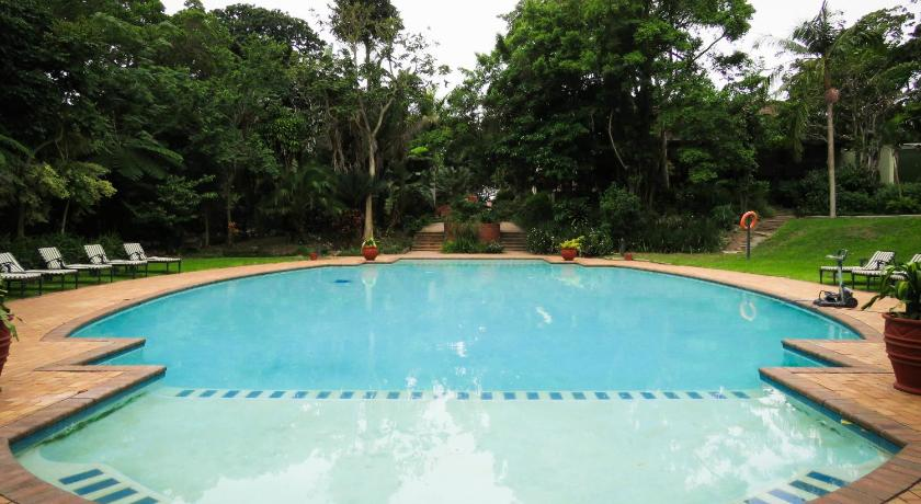 Swimming pool Marais Manor Luxury Villa