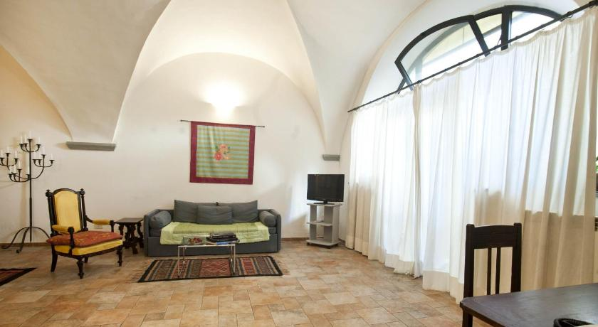 One-Bedroom Apartment - Separate living room Apartments Florence - Claudio