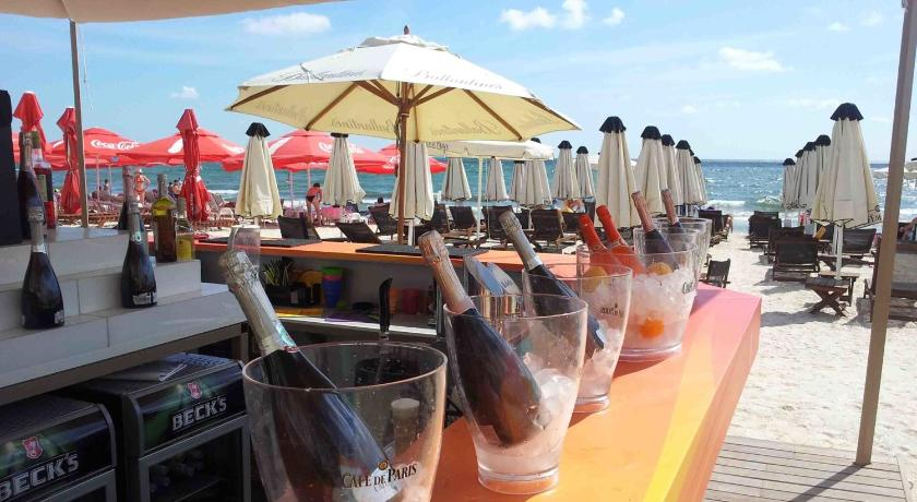 плаж Summerland Serviced Apartments Mamaia