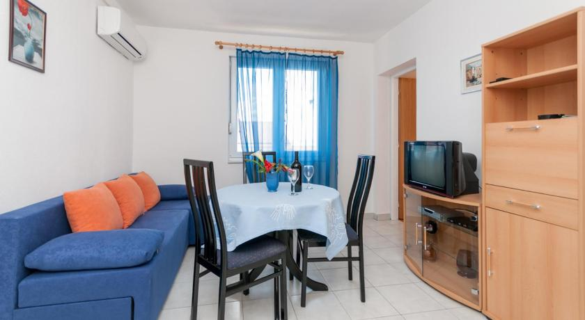 Apartments Ružica Makarska