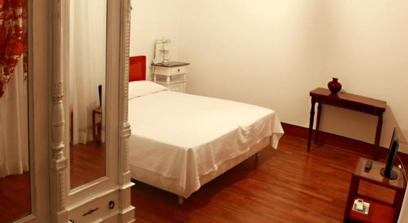 Bellezza Suites Via Baylle 96 Cagliari