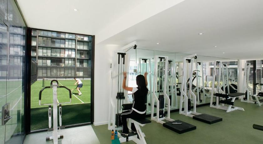 Fitness center 28 Nights Apartments