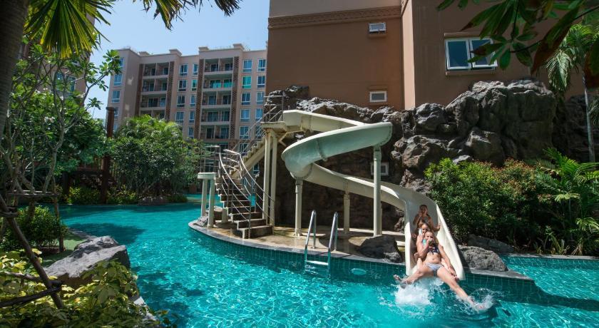 Atlantis condo resort pattaya buildings c d jomtien 2 rd for Atlantis condo