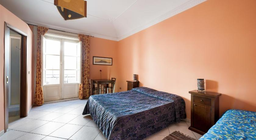 Triple Room with Private Bathroom - Guestroom B&B Alla Vucciria
