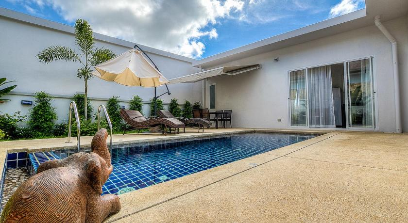 The Greens Phuket Pool Villas