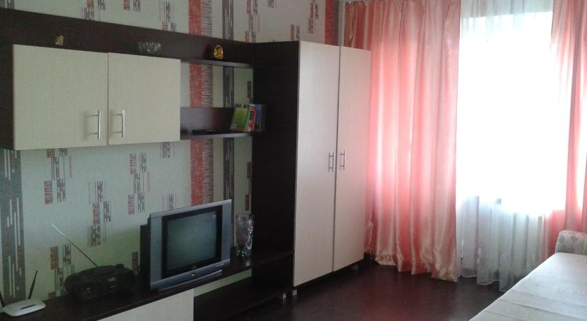 Apartment Kosmonavtov 64