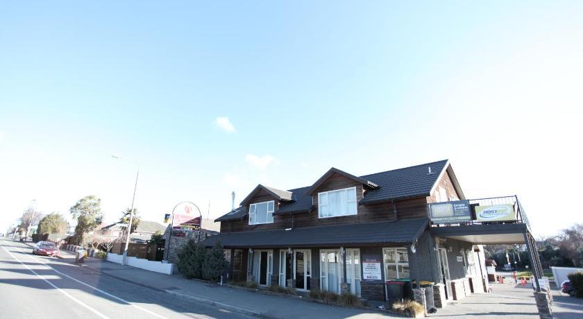 Aspen on King Motel   New Zealand Budget Hotels