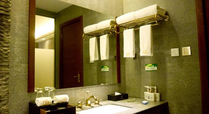 Bathroom Lijiang Jinheng International Hotel
