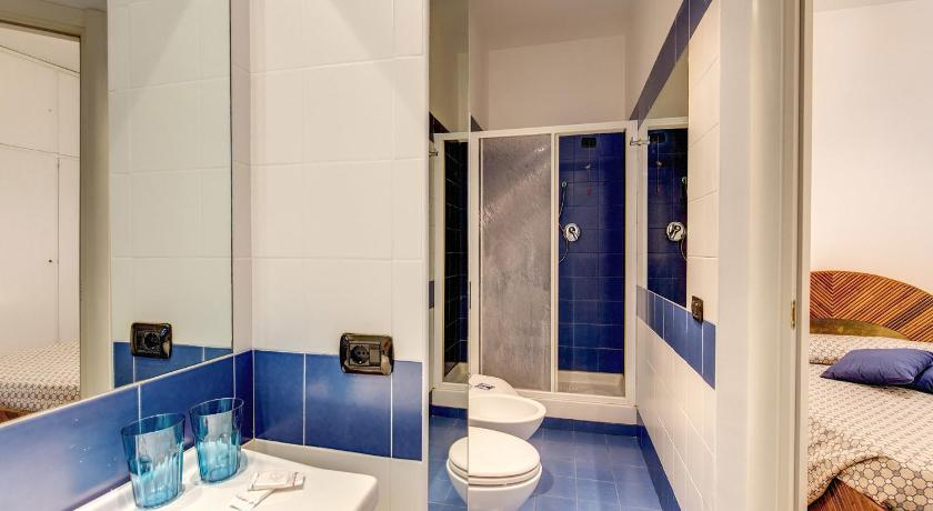 Bathroom Via Veneto Flat