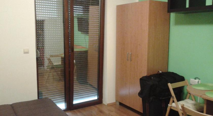 Studio Apartments Pavlovic