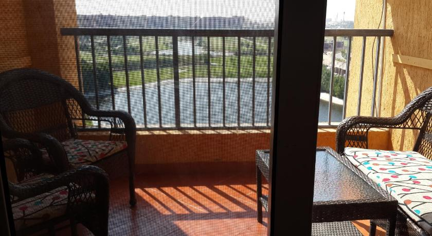 Apartmán s výhledem na bazén - balkon/terasa Two Bedroom Apartment at Golf Porto Marina
