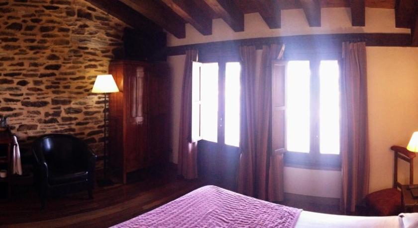 Double or Twin Room - Guestroom La Hoja de Roble