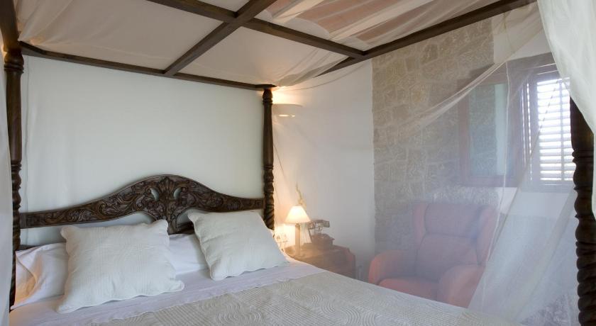 hoteles con encanto en sant miquel de balansat  144
