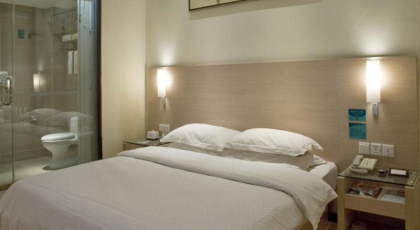 Business Queen Room City Comfort Inn Huanggang Baota Avenue