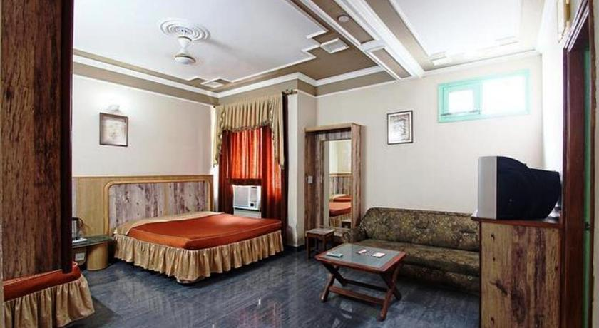 Deluxe trippelrom Hotel Chirag International