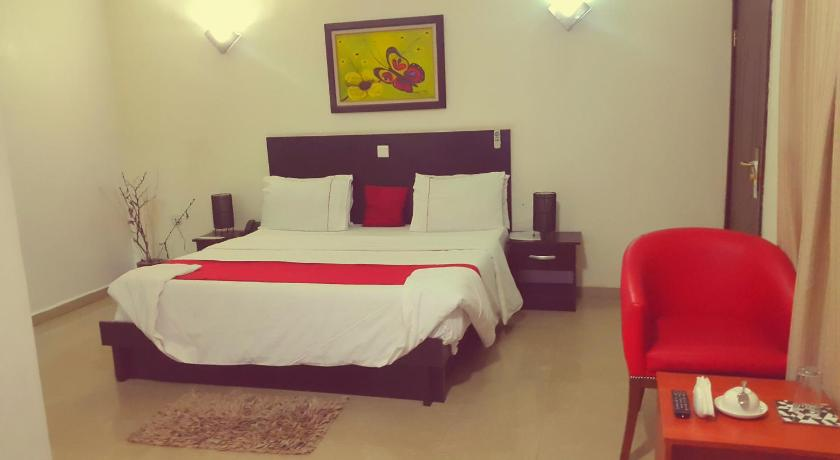 Standard Double Room - Guestroom Casalinda Hotel & Gallery Resort