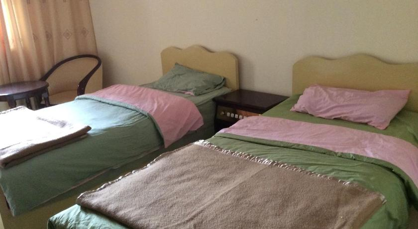 Double Or Twin Room with Shower Daocheng Xiangpica Inn
