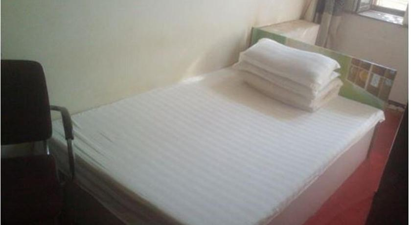 Standard Double Room Jinshan Guest House